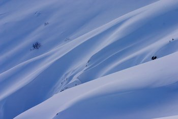 Snow drifts on Red Mountain
